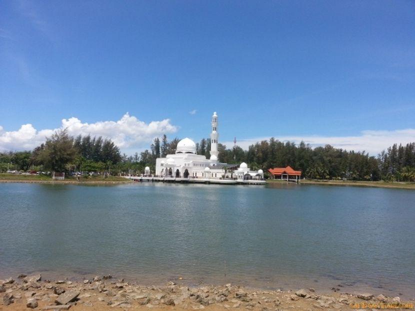 masjid putih kuala ibai