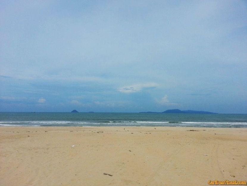 pantai air tawar terengganu