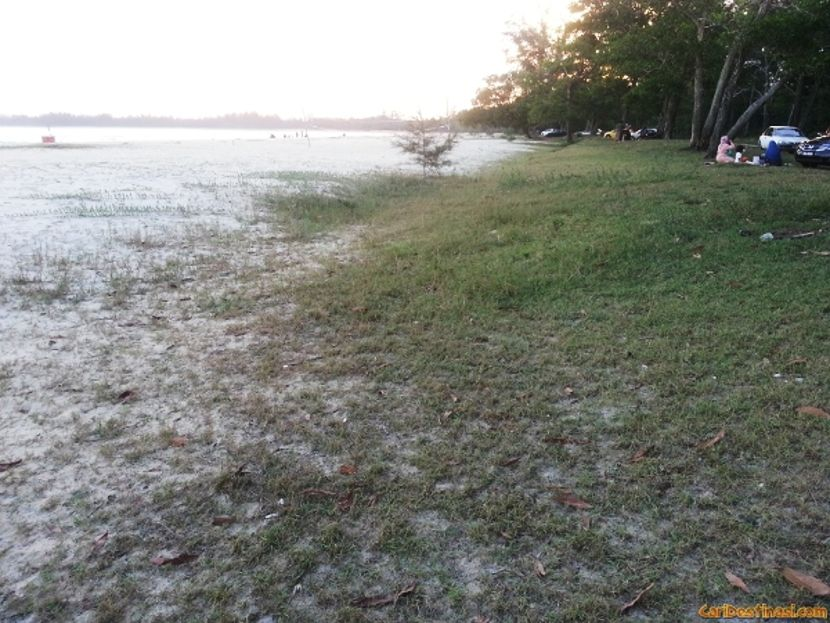 pantai chendor kemaman terengganu