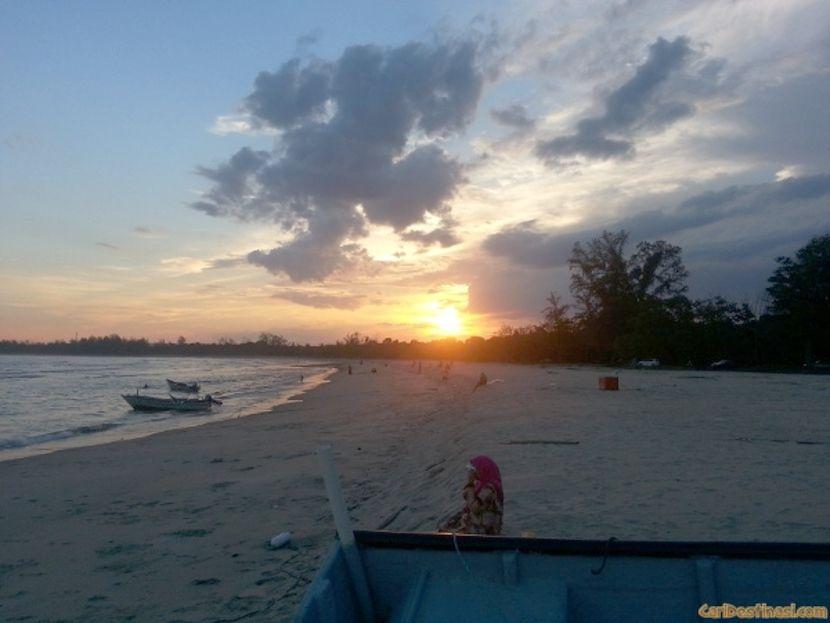 rekreasi pantai chendor kemaman
