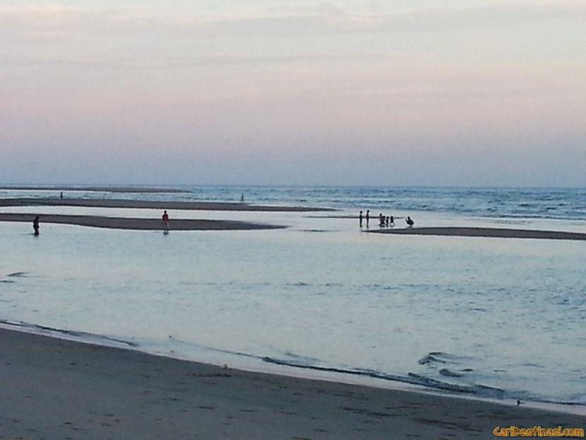 tempat menarik cherating pantai