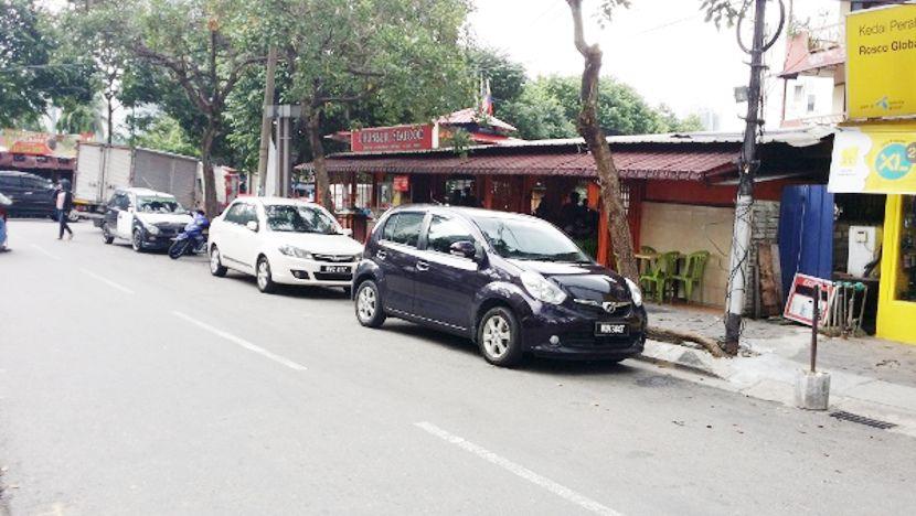 restoran chanburi seafood kampung baru