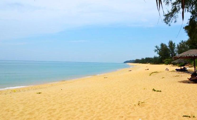pantai teluk bidara terengganu