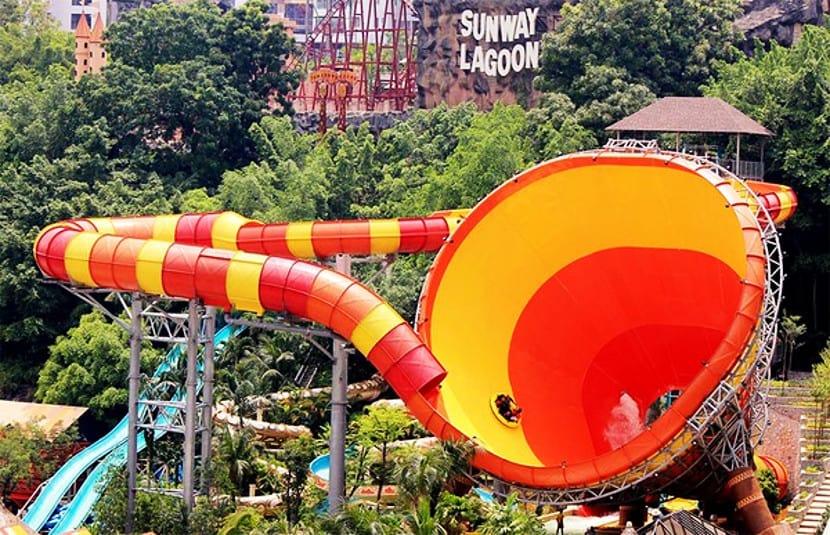 taman tema di malaysia yang best
