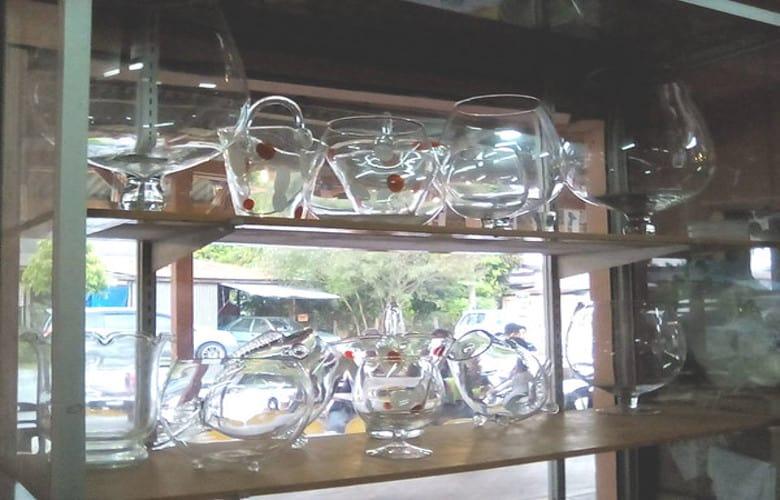air buah gelas besar terengganu-M