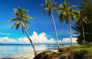 pantai di labuan yang menarik