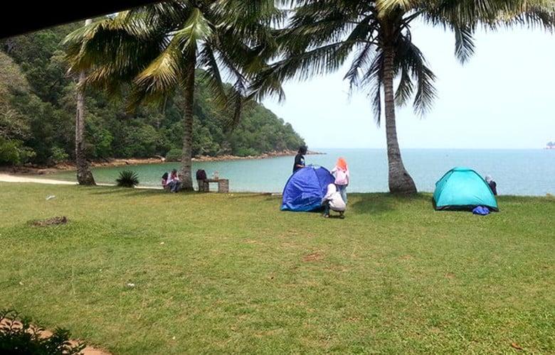 penginapan resort pantai johor best