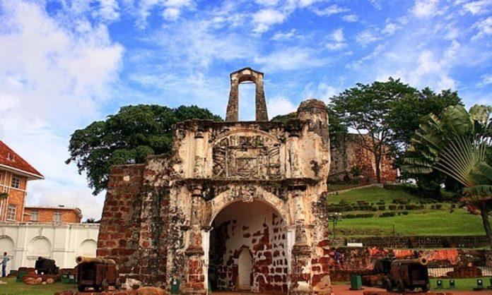 A-Famosa-Melaka-Muzium-Sejarah