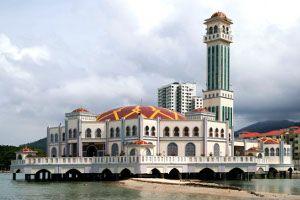Masjid Terapung Tanjung Bugah
