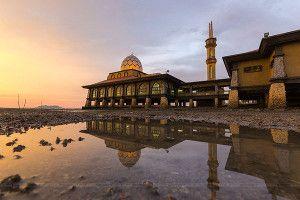 masjid terapung perlis