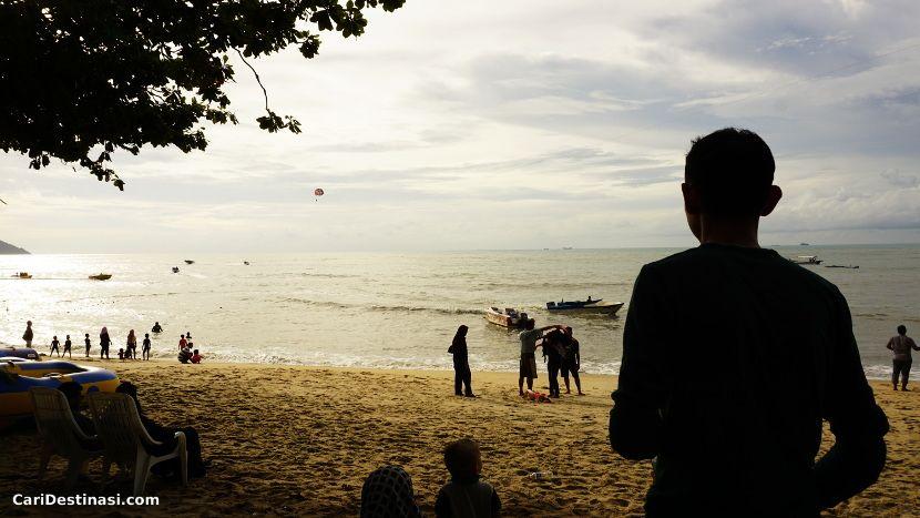 bercuti pantai batu ferringhi