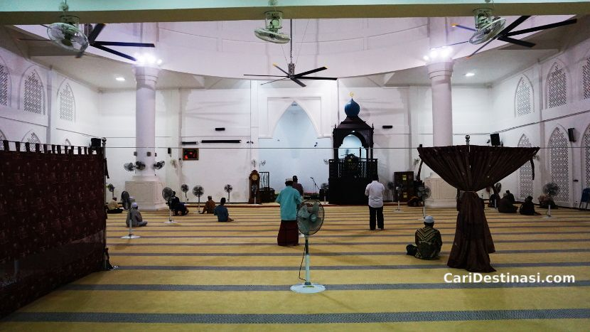 masjid tarikan pelancongan melaka