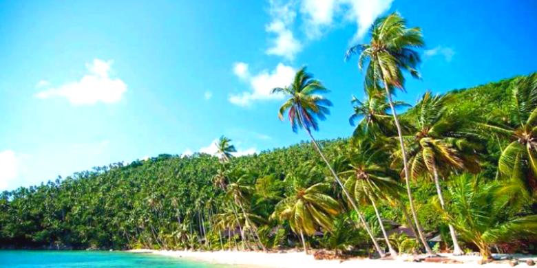 Melawat Perkampungan Tempatan di Pulau Aur