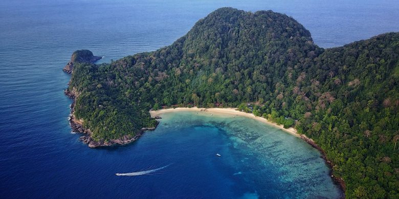 Pulau Tenggol - Jelajah Pulau-Ke-Pulau (Island Hopping)