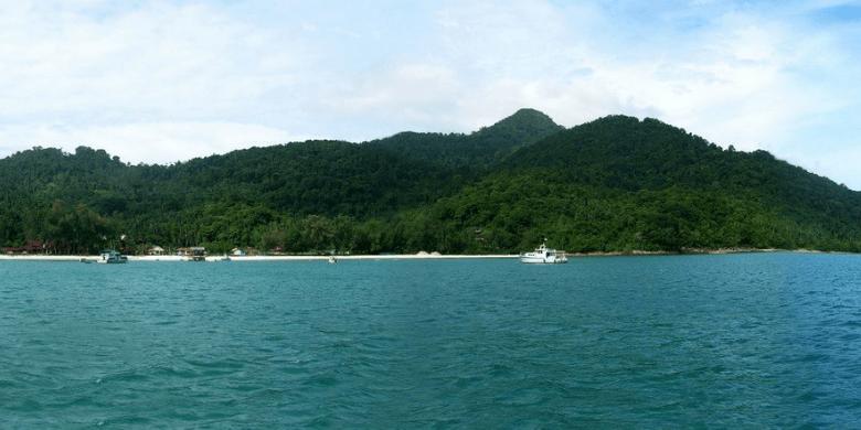 Gunung Semundu (Mount Semundu)