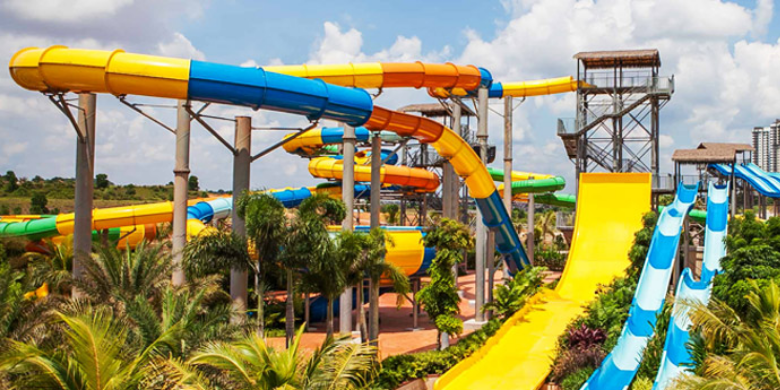 Taman Tema Air Johor - Austin Heights Water & Adventure Park